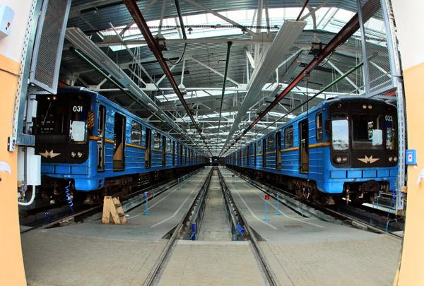 "Вагони в депо ""Харківське"" / Вагоны в депо ""Харьковское"" / Wagons at ""Kharkivske"" depot"